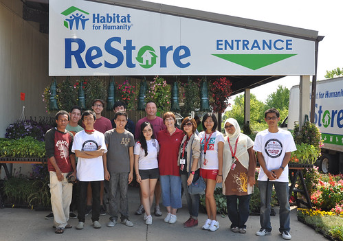 Community Service at Habitat for Humanity ReStore