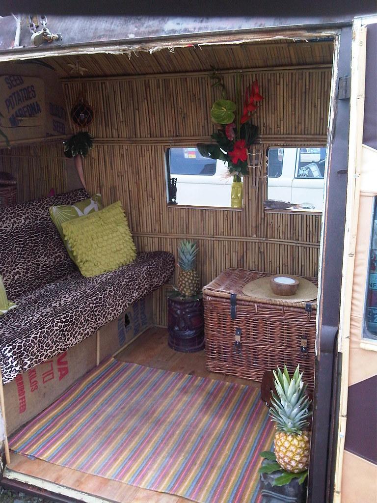 Vw bus interior design a photo on flickriver for Vw kombi interior designs