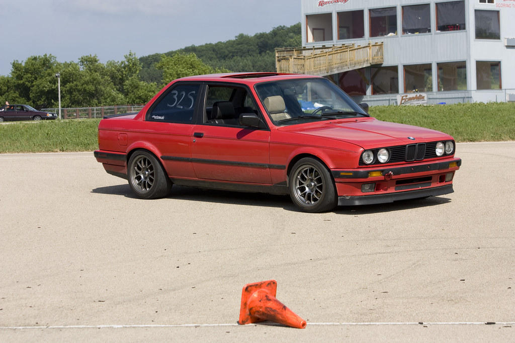 THE OFFICIALLY UNOFFICIAL e30 VOLVO FRONT LIP Thread :D - E30 ...