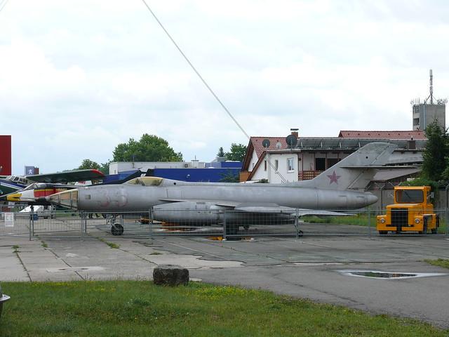 Jakowlew Jak-27R