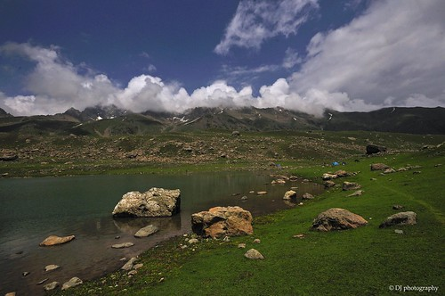 At Gangbal lake..where time seems to have stopped...creating sight which can only be experienced bt not expressed..!!