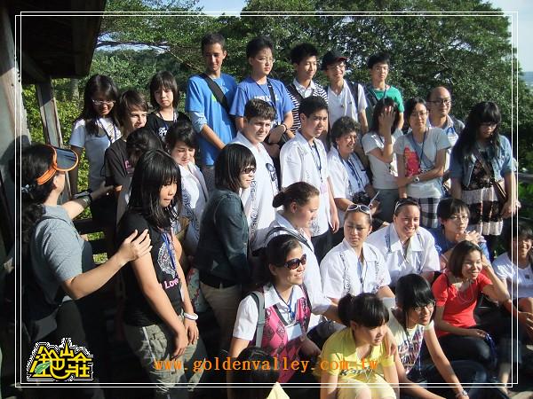 金色山莊安排紐西蘭學生至台中順天國中體驗文化課程