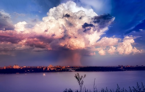 Thunderstorm over the Bronx, New York City