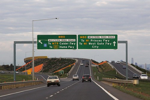 Deer Park Bypass westbound at the Western Ring Road interchange