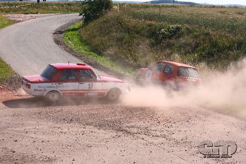 Wartburg 1.3 vs. Nissan Micra