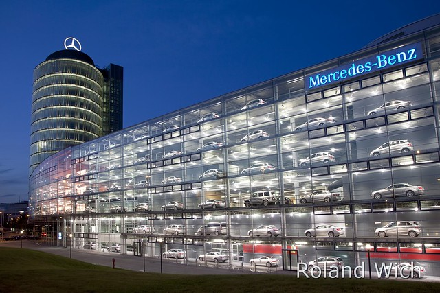 Munich mercedes benz building flickr photo sharing for Mercedes benz deutschland