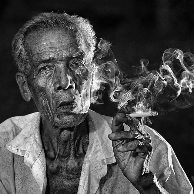 Old Man Smoke - Stunning Collection of Smoking Portraits