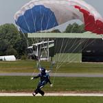 Le bourget 2011 - Parachutiste