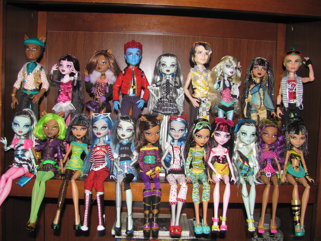 Monster High  a photo on Flickriver