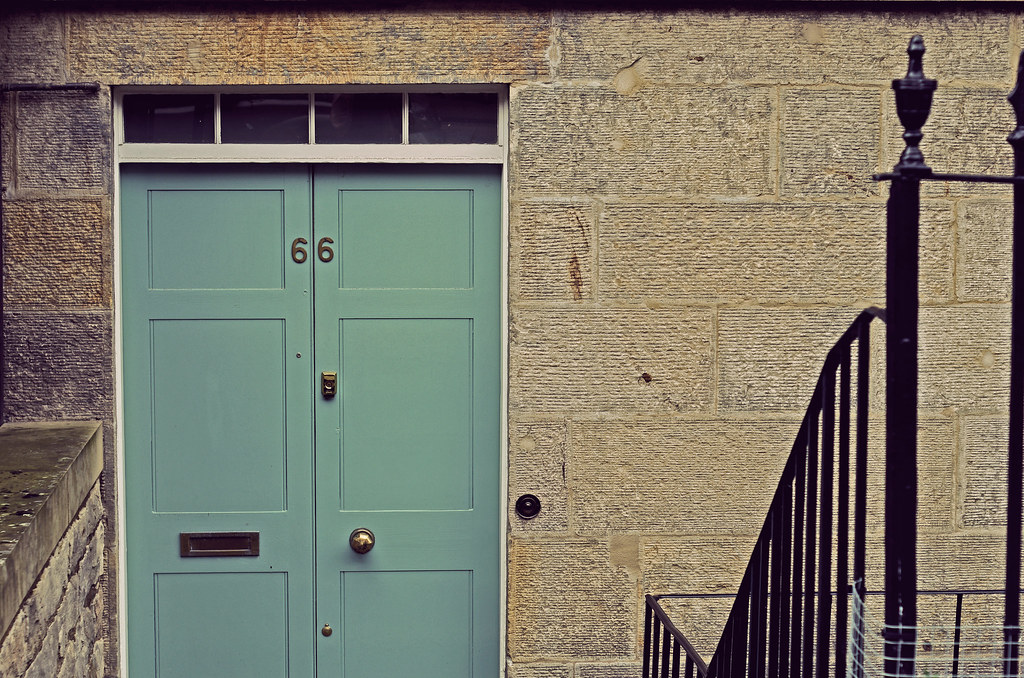 05/12 Puerta de color