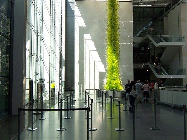 lime green icicle tower | dale chihuly