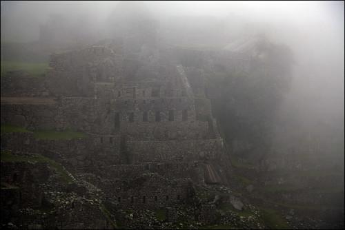 mist peru southamerica inca stone sunrise ruins machupicchu