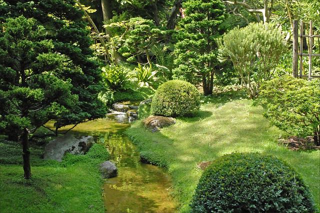 Le jardin japonais albert khan boulogne billancourt for Jardin 909 boulogne