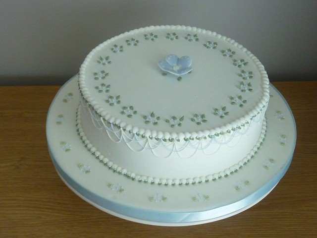 Modern Cake Decoration With Royal Icing : Royal Icing Cake - Decorated on Squires Kictchen s Cake ...