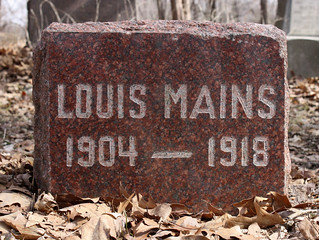 Mains, Louis