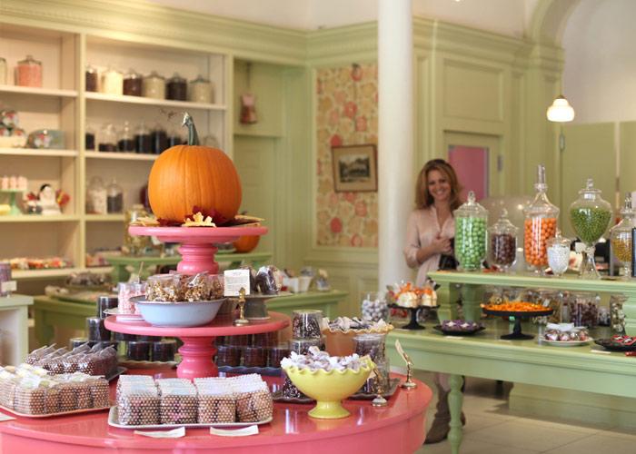 Miette for Bakery shop decoration ideas