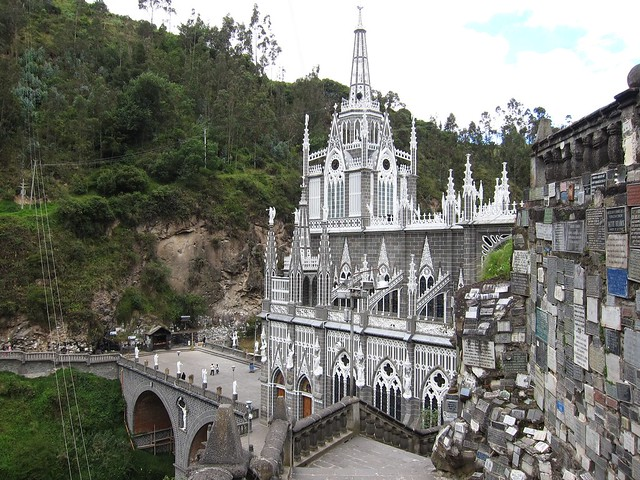 Visit the Amazing Cathedral Las Lajas in Colombia