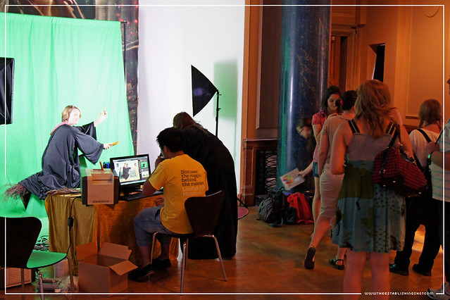 Harry Potter Exhibition - London Film Museum: Quidditch Green Screen