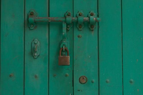 door green metal rust colombia closed lock nail bolivar bolt keyhole cartagena