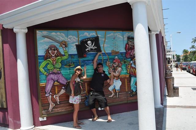 El museo de la piratería es un divertido y entretenido lugar en el centro de Nassau Bay Street y el downtown de Nassau, el corazón de Bahamas - 5966750051 45220a146f z - Bay Street y el downtown de Nassau, el corazón de Bahamas