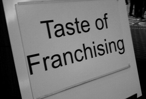 Five Advantages of Managing a Franchise Business