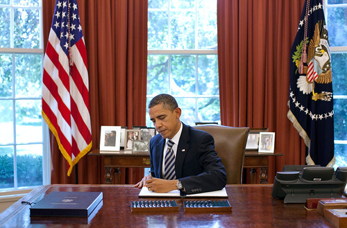 Big Sis: Obama Ready to Sign Surveillance Grid Executive Order 6002624447 63accc13b6