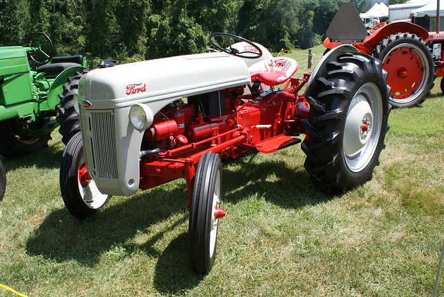 1950 Ford Tractor Tractor Vermilion : S ford tractor explore professor fumolatro photos