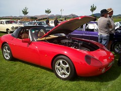 tvr tuscan speed 6(0.0), race car(1.0), automobile(1.0), tvr(1.0), vehicle(1.0), performance car(1.0), land vehicle(1.0), tvr(1.0), supercar(1.0), sports car(1.0),
