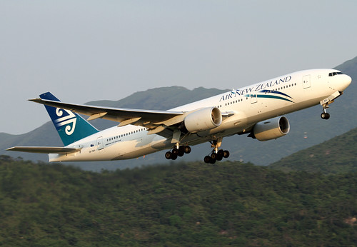 B772 - Boeing 777-219(ER)