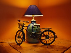 Lamp and bicycle in Mocha, Pune
