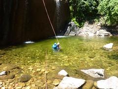 Rappel dans le canyon du Vivaghju
