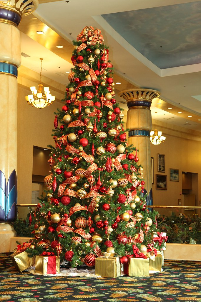 RED AND GOLD CHRISTMAS TREES - GOLD CHRISTMAS TREES - 14K ...