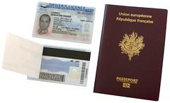cash(0.0), label(0.0), brand(0.0), passport(1.0), identity document(1.0), document(1.0),