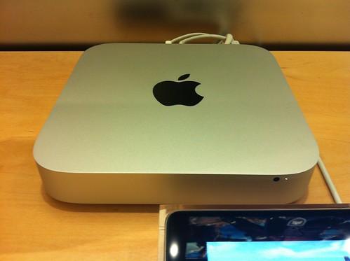 Mac mini - Front