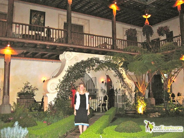 dona-lenor-luxury-hotel-restaurant-antigua-guatemala-courtyard