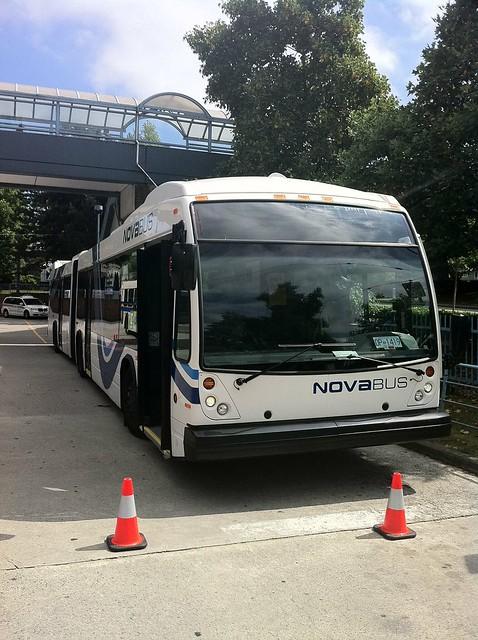 TransLink demonstration Nova LFX articulated bus