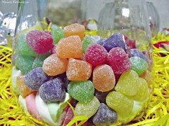 candy, confectionery, sweetness, gumdrop, wine gum, gummi candy, produce, food, dessert, cuisine,