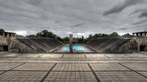 schwimmbad berlin charlottenburg