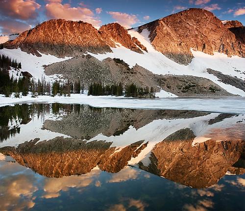 mountain sunrise reflections snowy lakes wyoming range surise