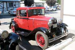 auto show(0.0), touring car(0.0), ford model t(0.0), automobile(1.0), ford model a(1.0), ford model a(1.0), vehicle(1.0), ford model tt(1.0), hot rod(1.0), antique car(1.0), ford model b, model 18, & model 40(1.0), classic car(1.0), vintage car(1.0), land vehicle(1.0), luxury vehicle(1.0), motor vehicle(1.0),