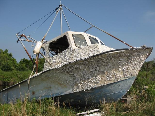 Boat with barna...