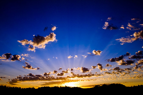 morning blue nature clouds oregon sunrise day cloudy rays colorblue skyshots stayton