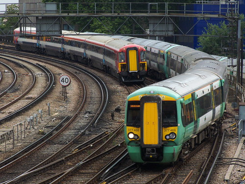 Class 377 and Class 442 near London Victoria