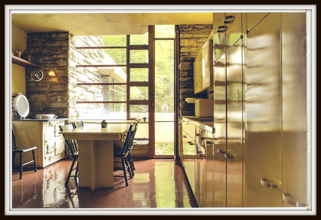 1000 images about interior frank lloyd wright falling for Frank lloyd wright kitchen ideas