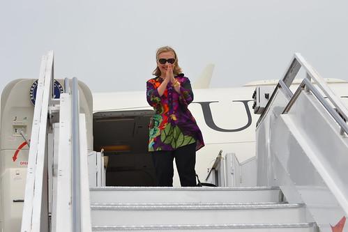 Secretary Clinton Says Goodbye to Chennai