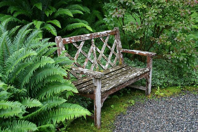 Garden bench victorian