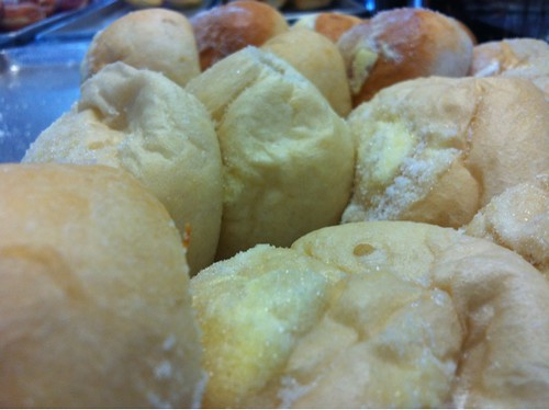 Four sisters bakery cheese rolls, fresh baked daily in Wailuku on Vineyard