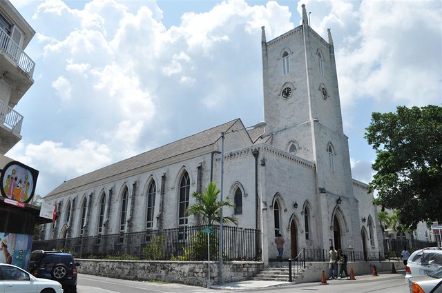 La iglesia católica de Nassau es un claro ejemplo de arquitectura británica. Bay Street y el downtown de Nassau, el corazón de Bahamas - 5966749257 02ba87c482 z - Bay Street y el downtown de Nassau, el corazón de Bahamas