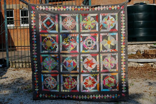 Amitie BOM The Circle Game - quilt top finished