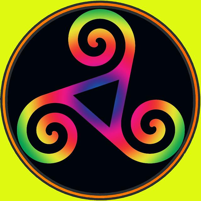 Triskel spiral